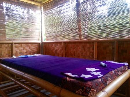 Se volete un massaggio andate alla Sophia Spa a Kuta Lombok e chiedete di Den