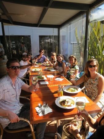 Una parte del gruppo al pranzetto all'olio d'oliva-www.winki.it